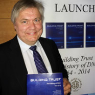 "Stiftelsen releases the history book ""Building trust"""